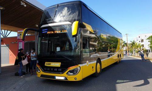 Bus Car Jaune nos métiers-floute